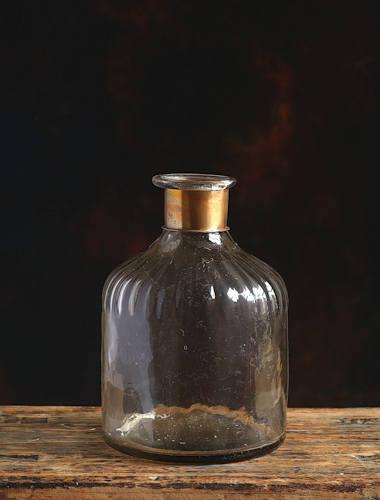 Chara Small Glass Vase